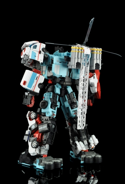 MakeToys MTCM-04 GUARDIA COMBINER SET